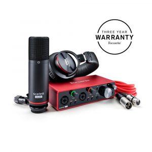 Focusrite Scarlett 2i2 Bundle Audio Interface Package